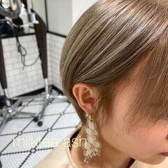 ショートヘア ガーリー ショート ベージュ ヘアスタイルや髪型の写真・画像
