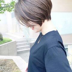 フェミニン ショート ハンサムショート ショートボブ ヘアスタイルや髪型の写真・画像
