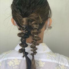 結婚式ヘアアレンジ フェミニン セミロング インナーカラー ヘアスタイルや髪型の写真・画像