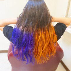 ロング ガーリー 青紫 オレンジカラー ヘアスタイルや髪型の写真・画像