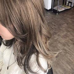 インナーカラー ブリーチオンカラー ブリーチカラー スモーキーカラー ヘアスタイルや髪型の写真・画像
