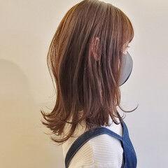 ナチュラル ウルフレイヤー レイヤーカット ウルフカット ヘアスタイルや髪型の写真・画像