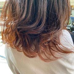 インナーカラー オレンジ デザインカラー グラデーションカラー ヘアスタイルや髪型の写真・画像