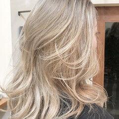 ハイトーンカラー バレイヤージュ ハイライト ハイトーンボブ ヘアスタイルや髪型の写真・画像