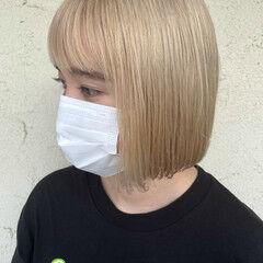 ナチュラル ホワイトベージュ ミニボブ ダブルカラー ヘアスタイルや髪型の写真・画像