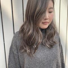 ロング ナチュラル 外人ヘア 3Dハイライト ヘアスタイルや髪型の写真・画像