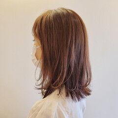 大人女子 ミディアム レイヤーカット 髪質改善トリートメント ヘアスタイルや髪型の写真・画像