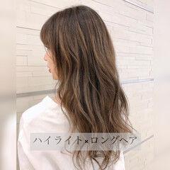 ナチュラル ハイライト 巻き髪 360度どこからみても綺麗なロングヘア ヘアスタイルや髪型の写真・画像