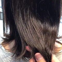 秋ブラウン ミルクティーブラウン 外ハネ 切りっぱなし ヘアスタイルや髪型の写真・画像