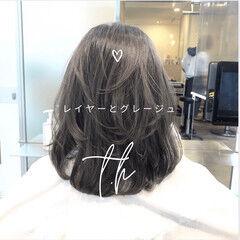 髪質改善 グレージュ 前髪 ストレート ヘアスタイルや髪型の写真・画像