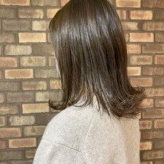 透明感 艶髪 大人ミディアム イルミナカラー ヘアスタイルや髪型の写真・画像