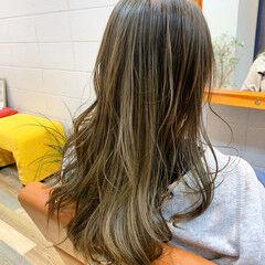 黒染め ロング アッシュベージュ 外国人風カラー ヘアスタイルや髪型の写真・画像