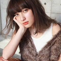 ストリート ニュアンス 前髪あり ミディアム ヘアスタイルや髪型の写真・画像
