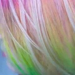 ブリーチオンカラー ミディアム ピンクヘア レインボーカラー ヘアスタイルや髪型の写真・画像