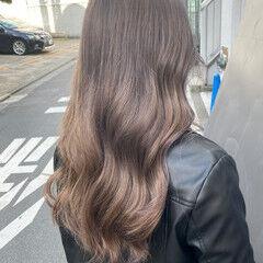 ヌーディベージュ オレンジベージュ セミロング インナーカラー ヘアスタイルや髪型の写真・画像