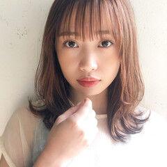 デート ハンサムショート ベリーピンク モテ髮シルエット ヘアスタイルや髪型の写真・画像