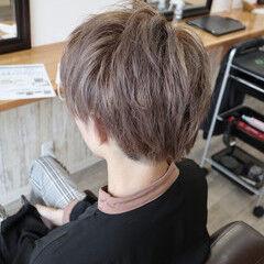 ツーブロック ストリート シルバー 透明感カラー ヘアスタイルや髪型の写真・画像