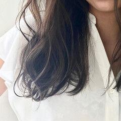 オリーブアッシュ ベージュ オリージュ フェミニン ヘアスタイルや髪型の写真・画像