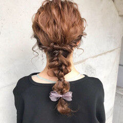 セミロング 結婚式ヘアアレンジ ナチュラル 結婚式髪型 ヘアスタイルや髪型の写真・画像