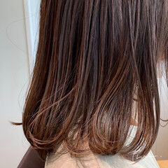 毛先パーマ 大人ハイライト ミディアム 極細ハイライト ヘアスタイルや髪型の写真・画像