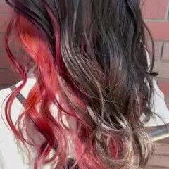 ピンクカラー ガーリー インナーカラー パープルカラー ヘアスタイルや髪型の写真・画像
