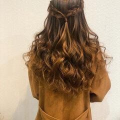 ハーフアップ 編み込みヘア フェミニン ヘアアレンジ ヘアスタイルや髪型の写真・画像