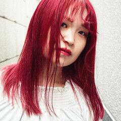 レッド レッドカラー チェリーレッド セミロング ヘアスタイルや髪型の写真・画像