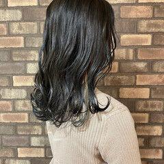 ナチュラル イルミナカラー インナーカラー アッシュグレージュ ヘアスタイルや髪型の写真・画像