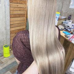 ホワイトカラー ストリート ロング ダブルカラー ヘアスタイルや髪型の写真・画像