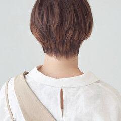 ショートボブ ゆるナチュラル ショート ガーリー ヘアスタイルや髪型の写真・画像