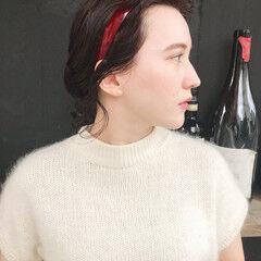 カチューシャ お団子アレンジ ガーリー ヘアアレンジ ヘアスタイルや髪型の写真・画像