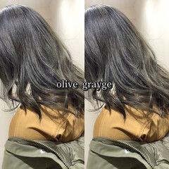 ヘアカラー 大人可愛い オリーブグレージュ カーキアッシュ ヘアスタイルや髪型の写真・画像