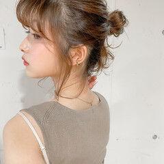 シニヨン ヘアアレンジ ウルフカット ナチュラル ヘアスタイルや髪型の写真・画像