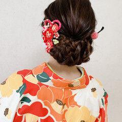 振袖ヘア 編み込み ミディアム 袴 ヘアスタイルや髪型の写真・画像