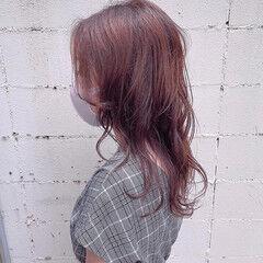 ミディアム 透明感カラー フェミニン ピンクブラウン ヘアスタイルや髪型の写真・画像