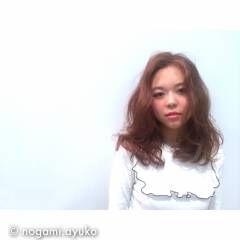 ロング ゆるふわ ブラウン ガーリー ヘアスタイルや髪型の写真・画像