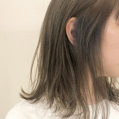 イヤリングカラー インナーカラー ミディアム エアリー ヘアスタイルや髪型の写真・画像