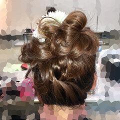フェミニン 成人式 ヘアアレンジ セミロング ヘアスタイルや髪型の写真・画像