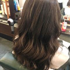 ストリート アッシュベージュ セミロング ベージュ ヘアスタイルや髪型の写真・画像