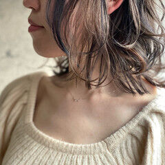大人かわいい 切りっぱなしボブ ナチュラル ミディアム ヘアスタイルや髪型の写真・画像