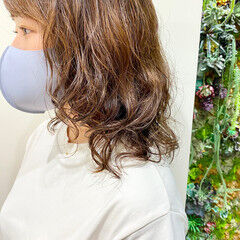 パーマ ゆるふわパーマ セミロング 無造作パーマ ヘアスタイルや髪型の写真・画像