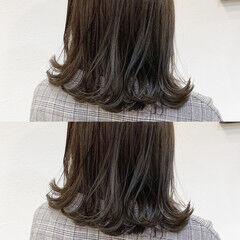 透明感 ナチュラル セミロング カーキアッシュ ヘアスタイルや髪型の写真・画像