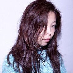 ロング 冬 暗髪 ベリーピンク ヘアスタイルや髪型の写真・画像