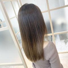 ロング ナチュラル グラデーション ブリーチ ヘアスタイルや髪型の写真・画像