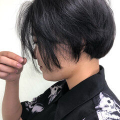 ナチュラル ブルーブラック ネイビーブルー ショート ヘアスタイルや髪型の写真・画像