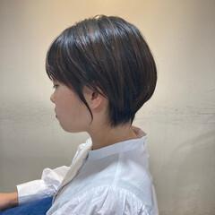 ミディアムレイヤー ミニボブ 外国人風 ハイライト ヘアスタイルや髪型の写真・画像