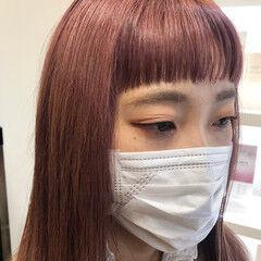 ロング ピンクブラウン ピンク オン眉 ヘアスタイルや髪型の写真・画像