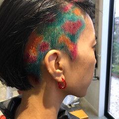ショート モード 特殊カラー ヘアスタイルや髪型の写真・画像