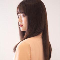 ストレート ナチュラル 艶カラー ロング ヘアスタイルや髪型の写真・画像