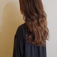 フェミニン ロング ハイライト デザインカラー ヘアスタイルや髪型の写真・画像